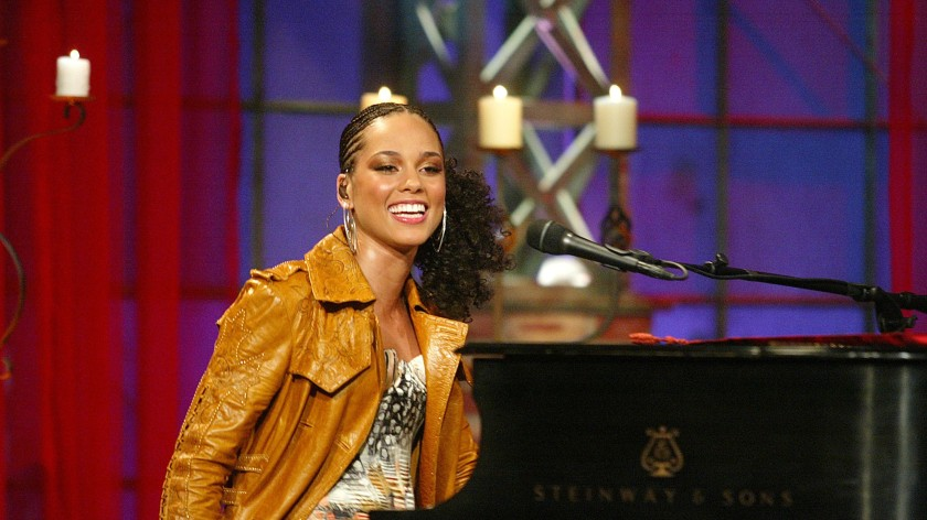alicia-keys-diary-of-alicia-keys-oral-history-1543859862-3000x1688